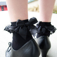 Socks By Sock Dreams  » Socks » Lace Ruffle Anklets with Bow