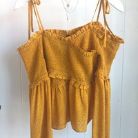 Mustard polka dot scrunch top