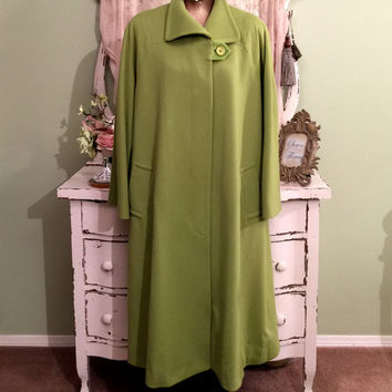 Minimalist Winter Coat, Bill Blass  Green Wool Coat, XL, Plus Size, Warm Thick Lined Trench w Bracelet Sleeves, Chic Hollywood Glam Coat