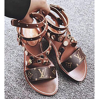 Louis Vuitton LV Buttoned Flat-soled Sandals Shoes