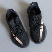 YEEZY BOOST 350 V2 By1605 US SIZE 10 FOR MEN