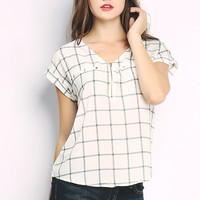 Grid Patterned Top