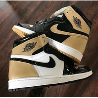 Air Jordan 1 AJ1 couple gold toe high top basketball sneakers