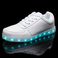 2017 Men Colorful glowing shoes with lights up led luminous shoes a new simulation sole led shoes for adults neon casual led