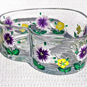 Heart Shaped Bowl With Hand Painted Purple Flowers, Mothers Day Gift, Easter Gift, Home Decor, Spring Decoration, Candy Dish