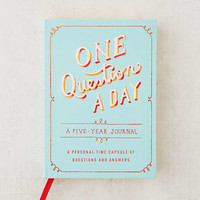 One Question a Day: A Five-Year Journal By Aimee Chase   Urban Outfitters