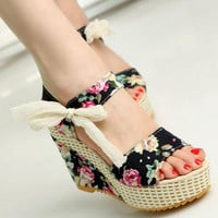Sweet Flowers Buckle Open Toe Wedge Sandals Floral high-heeled Shoes Platform Sandals