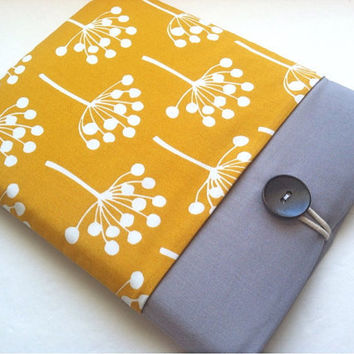 13 inch MacBook Pro Laptop Case MacBook Cover Padded with Gadget Pocket - Blooming
