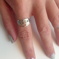 name plate ring with birthstone