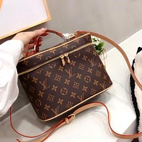 LV presbyopia cosmetic bag shoulder bag