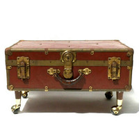 Antique Trunk Coffee Table Wardrobe on Casters Wheels Luggage Case Brown Metal & Leather Storage Foot Locker of the Bed Book Cabinet Rolling