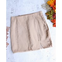 Free People - Femme Fatal Pull On Skirt in Khaki