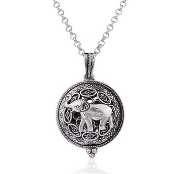 Silver Filigree Elephant Aromatherapy Scent Difusser Round Locket Necklace for Woman