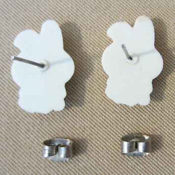 Vintage 80's Plastic Easter Bunny Post Earrings, Holiday Accessories, Easter Jewelry, Kids Earrings, Cute, Fun, Adorable, Character Jewelry