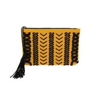 TASSEL CLUTCH (5 colors)