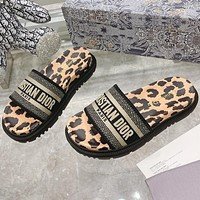 Christian Dior hot sale pattern embroidery letters ladies casual sandals beach slippers Shoes Leopard