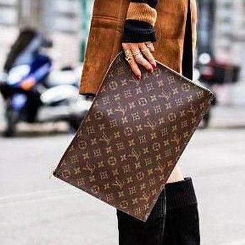 LV Selling Business Documents Handbags Fashionable Men and Women Briefcases LV pattern