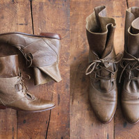 vintage ankle boots / leather boots / size 6 boots by allencompany
