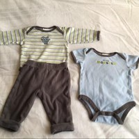Carter's Baby Set Of  Three Pieces
