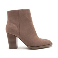 High Note Booties In Nutmeg
