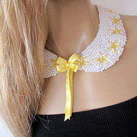 Pearl Peter pan collar, Pearl Collar necklace, Pearl detachable collar, Bib Necklace, Statement Necklace , Christmas gifts