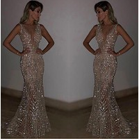 Sleeveless deep V dress sequined dress