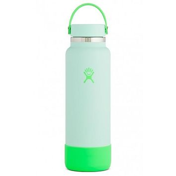 Hydro Flask Limited Edition Prism Pop Wide-Mouth Vacuum Water Bottle - 40 fl. oz. - Seafoam
