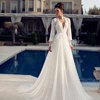 Romantic Lantern Sleeve Beach Wedding Dress 2016 Summer V Neck Backless Appliques Vestido De Noiva Bridal Gowns
