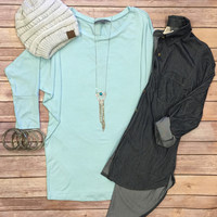 3/4 Sleeve Dolman Top: Mint