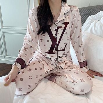 LV Louis Vuitton Stylish Women Cute Casual  Sleepwear Loungewear Velvet Set Two-Piece