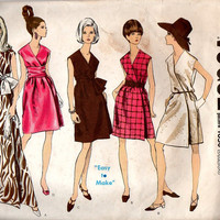 Vogue 1850 Sewing Pattern Retro 60s Wrap Dress Evening Length Gown Sash Waist Deep V Neckline Sexy Style A-line Cap Sleeves Bust 32