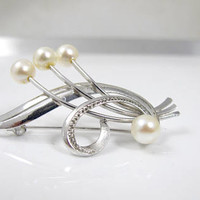 Japanese Silver Pearl Brooch. Sterling Silver Akoya Cultured Pearl Pin. Swirl Cluster Brooch Pin. Japanese Silver Pearl Jewelry