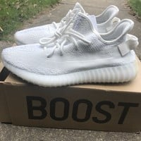 Yeezy Boost 350 v2 Cream White Size 10.5 W/ Box