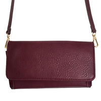 Carry On Clutch Handbag in Wine