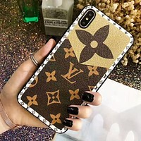 LV Louis Vuitton New fashion monogram print leather couple protective cover phone case Coffee