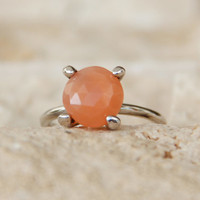 Moon Stone silver ring, 925 Sterling Silver, Natural stone ring, Gemstone ring, Minimalist ring, handmade jewelry