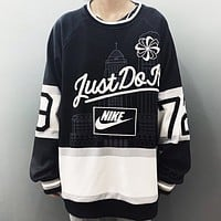 NIKE New fashion embroidery letter hook print couple long sleeve top sweater Black