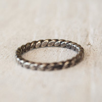 Rustic Twist Ring - Sterling Silver - Rope Ring - Hammered Ring - Blackened Ring - Modern Silver Ring  - Gift For Her - Wedding - Bridesmaid