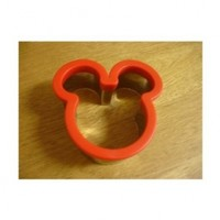"Disney's ""Mickey/Minnie Mouse"" Sandwich Metal Cutter:Amazon:Kitchen & Dining"
