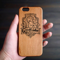 Gryffindor House Cherry Wood One Piece iPhone 6 6s Case , Custom iPhone 6s 6 Case Wood , Wood Phone Case for iPhone 6 6s  , Valentine's Gift