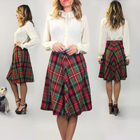 Vintage 1970's Deadstock Red PLAID Tartan High Waisted Check Skirt || Size Small
