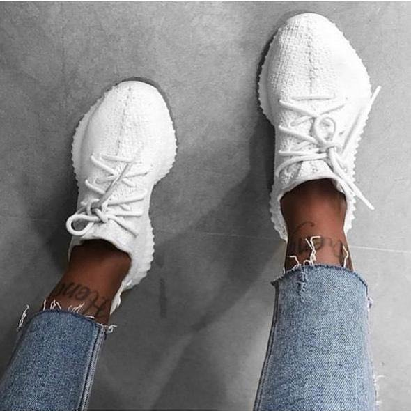 Image of Adidas Yeezy Boost 350 V2 Pure White Sports Shoes