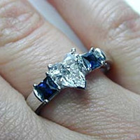 2.58ct D-VVS2 Heart Shape Diamond & Sapphire Engagement Ring GIA certified 18kt White Gold JEWELFORME BLUE