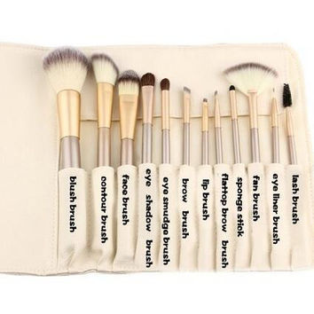 12pcs Professional Makeup Brush Set Blush Concealer Eye Face Lip Powder Cosmetics Brushes With Travel Bag Make Up Brush Kit Champagne