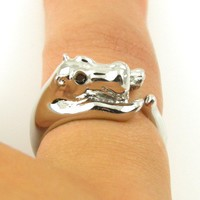 Shiny Silver Hippo Wrap Ring