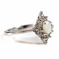 Vintage 1970s Oval Cut Genuine Opal with Round Clear Austrian Crystals Rhodium Plated Silver Tone Star Shaped Ring Made in USA #R1615