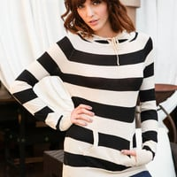 STRIPED KNIT PULLOVER HOODIE