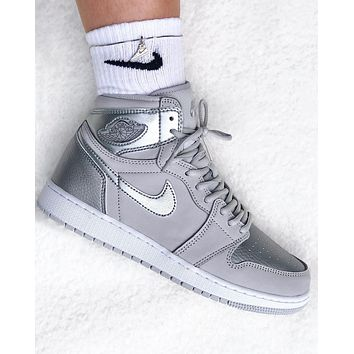 Air Jordan 1 High OG AJ1 Silver Grey Sneaker