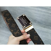LV 2019 new men's business wind double-sided smooth buckle buckle belt Coffee print