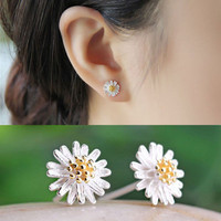Fashion Women Silver Plated Daisy Flower Earrings Ear Stud